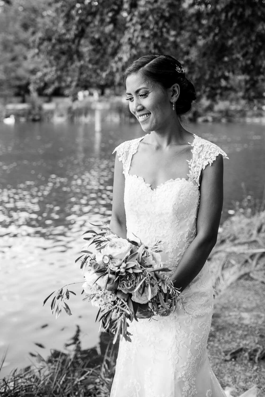 Hochzeitsfotografie-lieblingsbild-schloss-monrepos-086